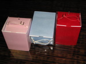 トイレットペーパーボックス