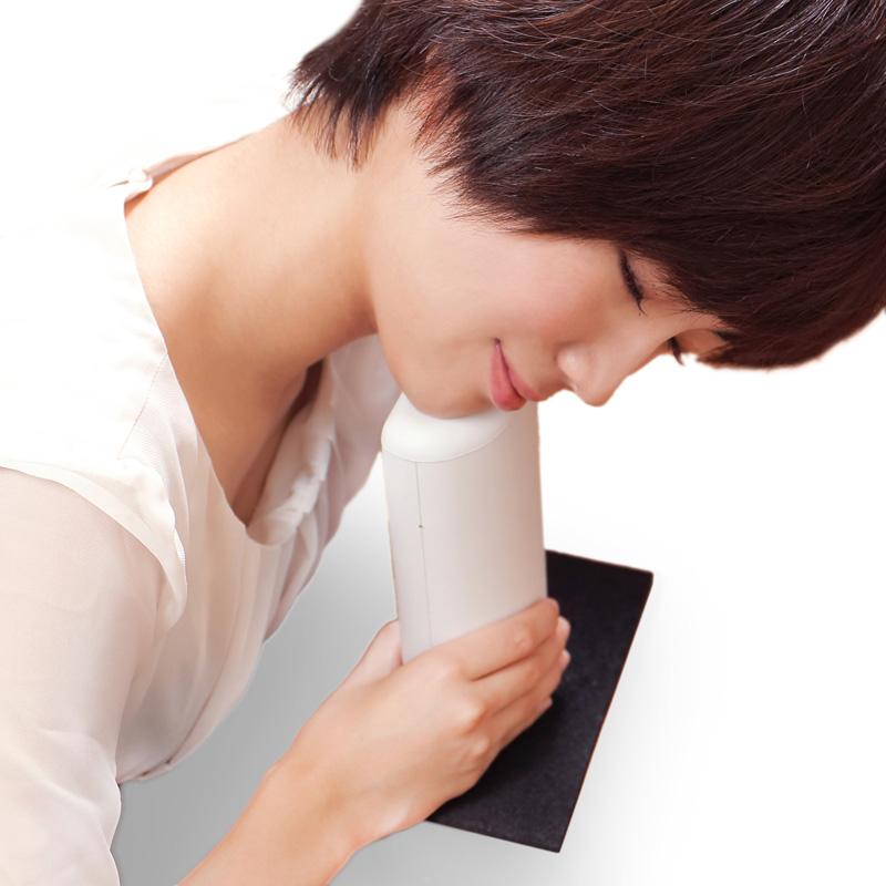 肩こり首こりの原因を解消するため、肩こりに効くプロの技を研究しました