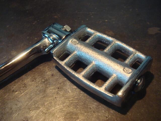 SR400/500 クロームキックペダル