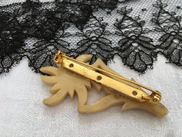エーデルワイスブローチの画像